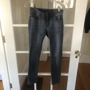 DL1961 Jeans Emma Legging In Pierce (Gray) Size 28